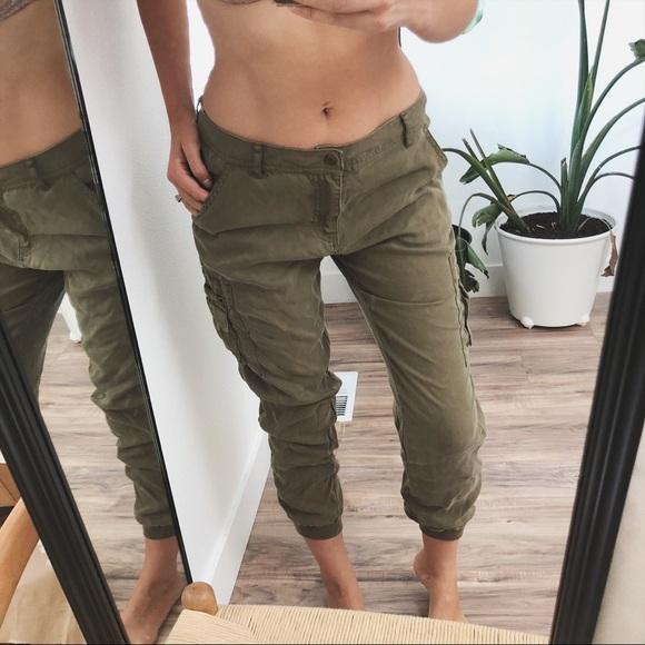 c28b80ac98 Forever 21 Pants - 🍂olive khaki pants 🍂